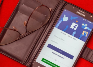 hire a Facebook Ads Agency