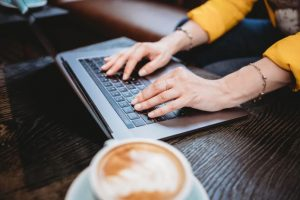 The Right Approach To Guest Blogging For Link Building